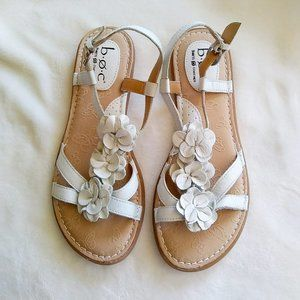 B.O.C by Born White Leather Flower Tstrap Sandals